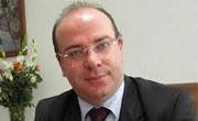 En novembre prochain, Elyes Fackfack, ministre des Finances, partira aux Etats Unis pour une réunion avec le Fond Monétaire International (FMI) afin de débloquer la deuxième tranche du prêt du FMI pour la Tunisie.