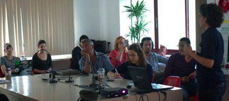 Tunisie : Quel outils à utiliser pour contrer l'«infobesité» sur les réseaux sociaux ?
