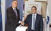 Le groupe M'hiri signe un contrat global avec Tunisie Telecom