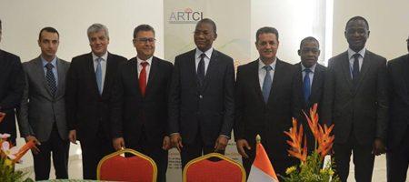La Tunisie signe 3 contrats avec la Côte d'Ivoire dont un sur l'Internet via courant électrique