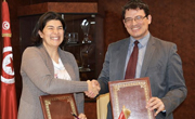 Signature d'une convention entre la Poste Tunisienne et Taysir Microfinance